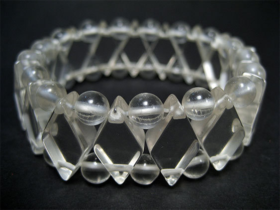 QUARTZ CRYSTAL - BRACELET OF RHOMBUSES AND BALLS