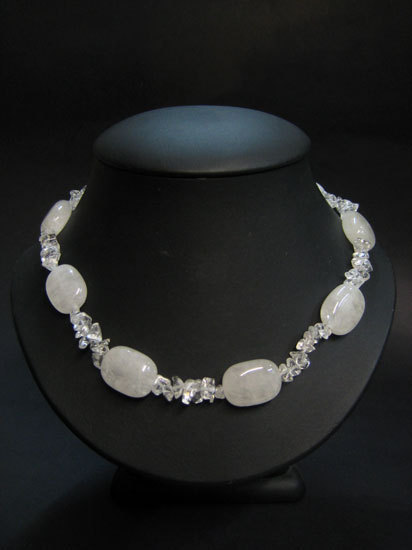 QUARTZ ROCK CRYSTAL - TUMBLED STONE CHIP NECKLACE
