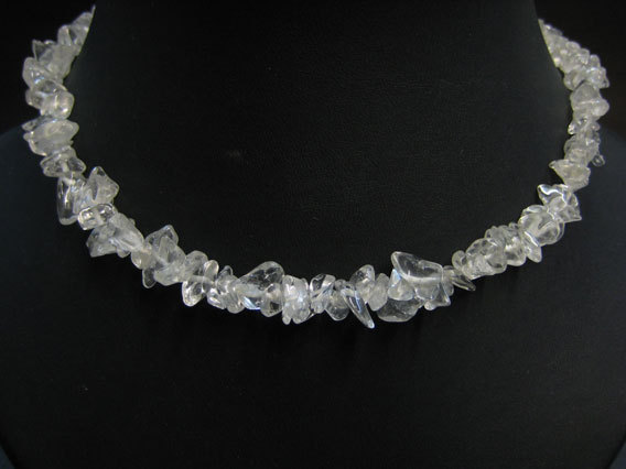 QUARTZ ROCK CRYSTAL - CHIP NECKLACE