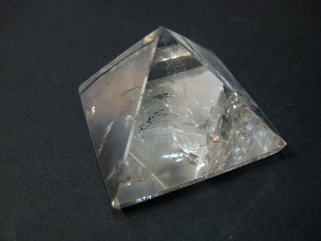 Rock crystal quartz pyramid
