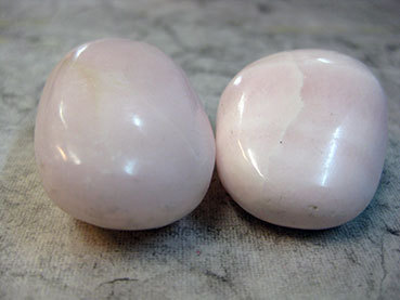 Tumbled 5e Calcite Rose or Mangano Calcite