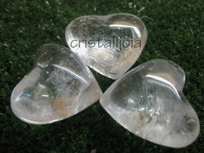 QUARTZ ROCK CRYSTAL - HEART FIGURE