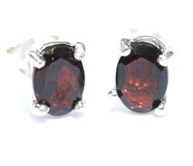 Garnet Earrings Faceted 03