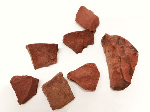 Mesh bag mineral raw 1kg red jasper