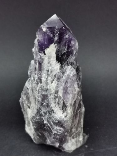 Cathedral point amethyst 1
