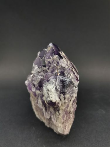 Cathedral point amethyst 24