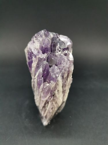 Cathedral point amethyst 29